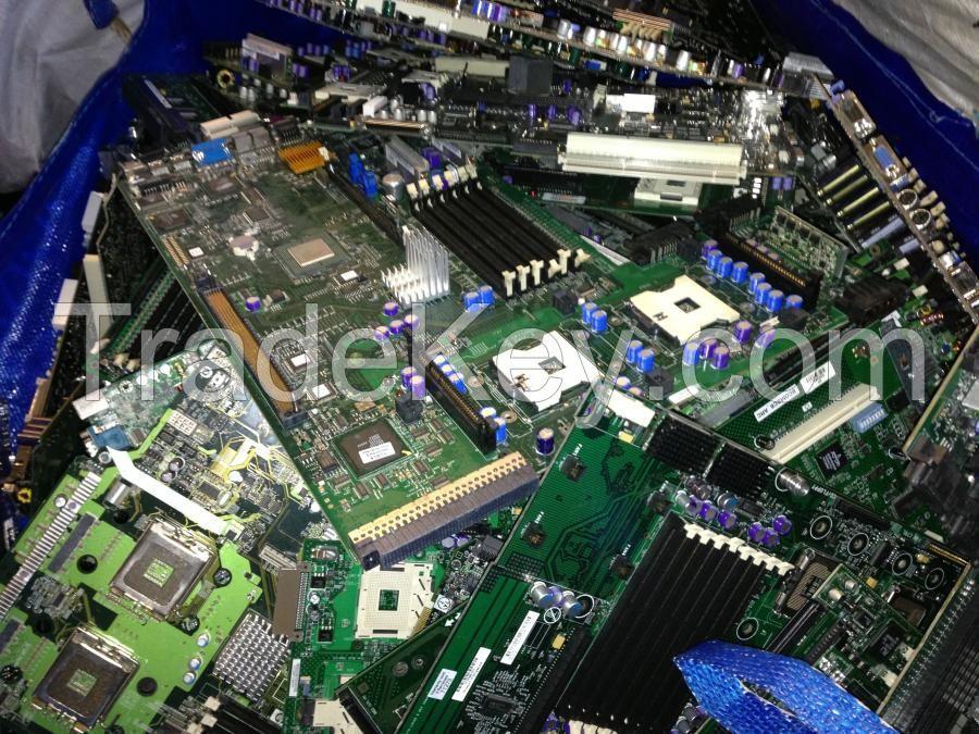 Motherboard computer scrap .....$550 usd Per mt