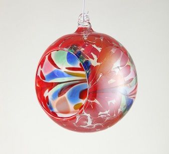 Ceramic and glass decorations