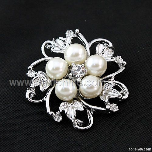 5Pearls Alloy Flower Brooches