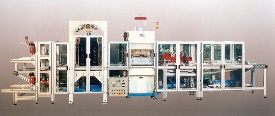 RF welder for producing medical bags