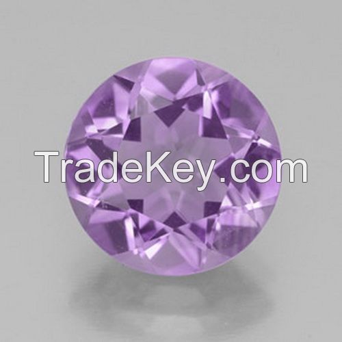 The various size and shape amethyst gemstones