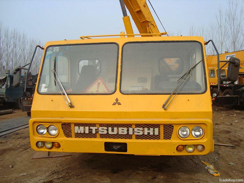 Sell Used KATO NK-400E Truck Crane