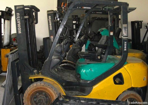 Used KOMATSU FD20T-14 Forklift