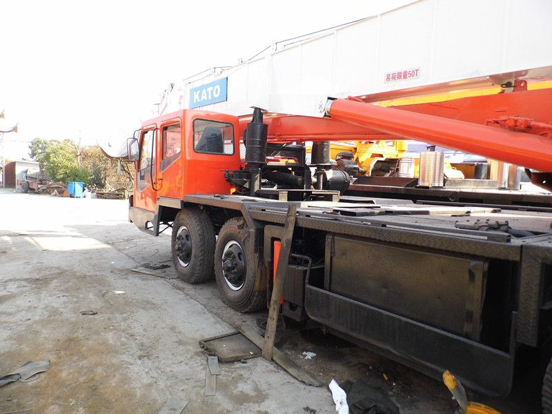 Used KATO NK-500E Truck crane for sale