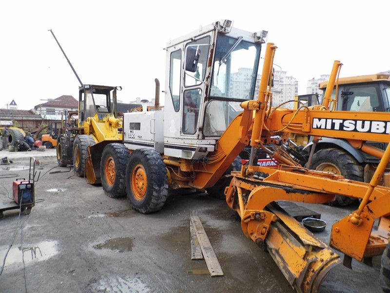 Sell Used MITSUBISHI MG330 Motor grader