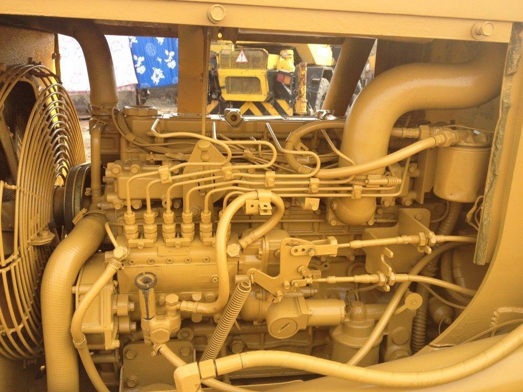 Used CATERPILLAR D4C bulldozer for sell  Japan Origin