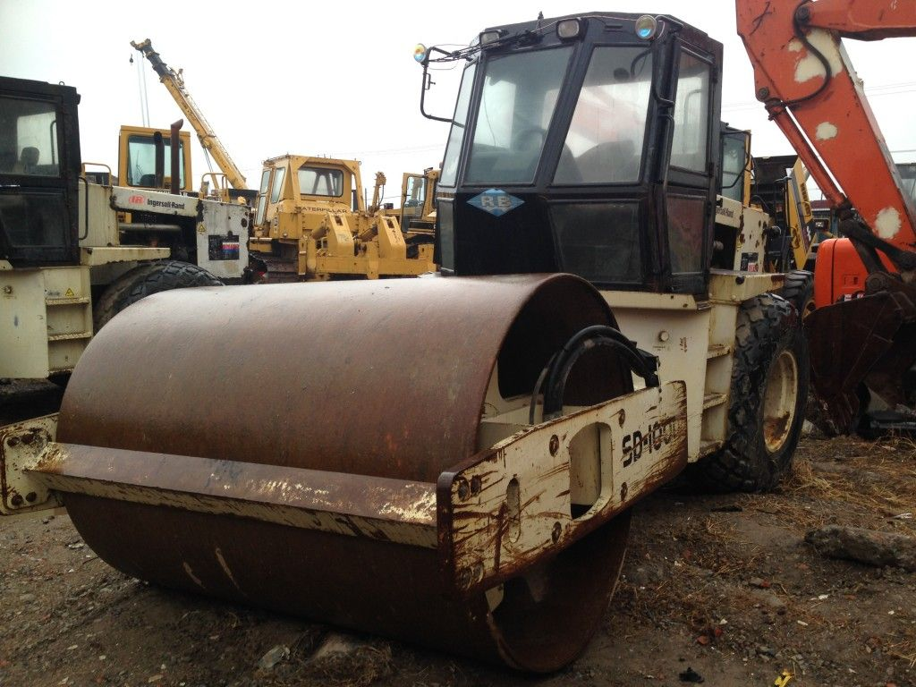 Used Ingersoll land Road Roller