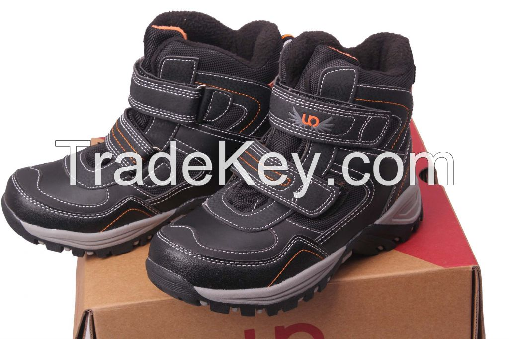 2014 fashion kids stock hiking shoes