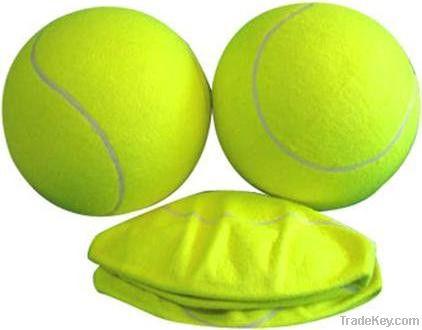 Inflatable tennis ball