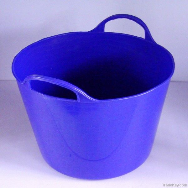 14L Small Plastic Flexible Bucket Animal Feed Trough
