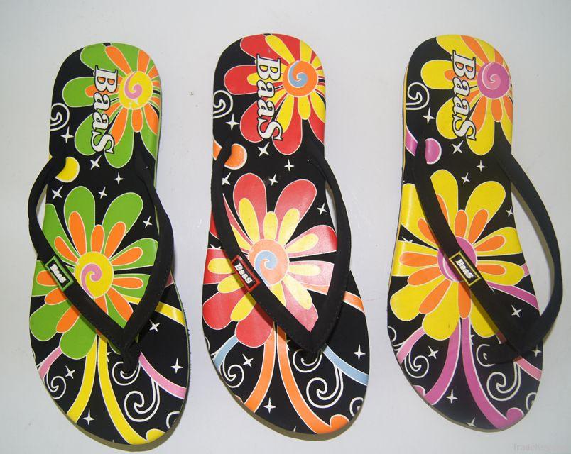 Women's Sandals & Slippers