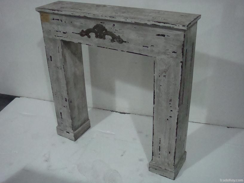 shabby chic Wooden Fireplace
