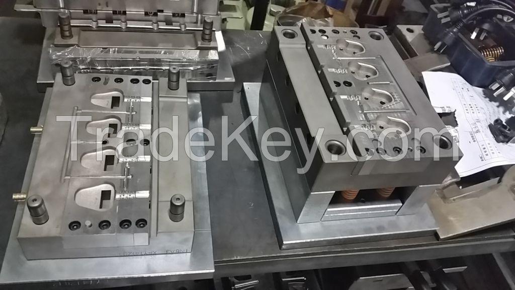 moulds for 6A3 plug