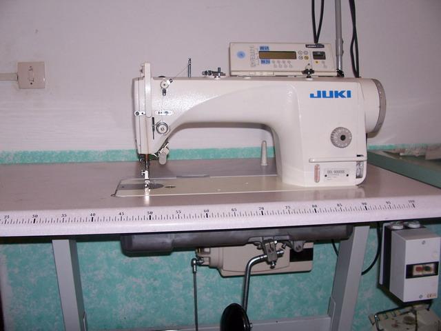 Used sewing machine JUKI  DDL-5550N-3