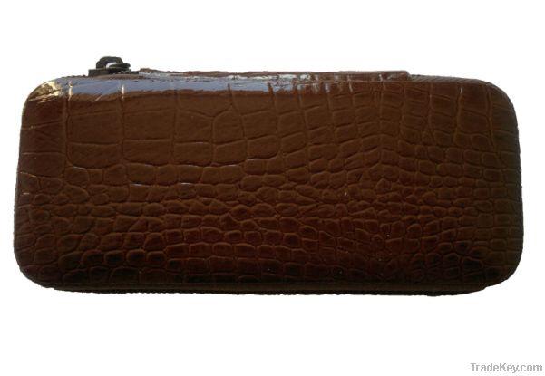 Luxury 8 Piece Female Manicure/Pedicure Set Brown
