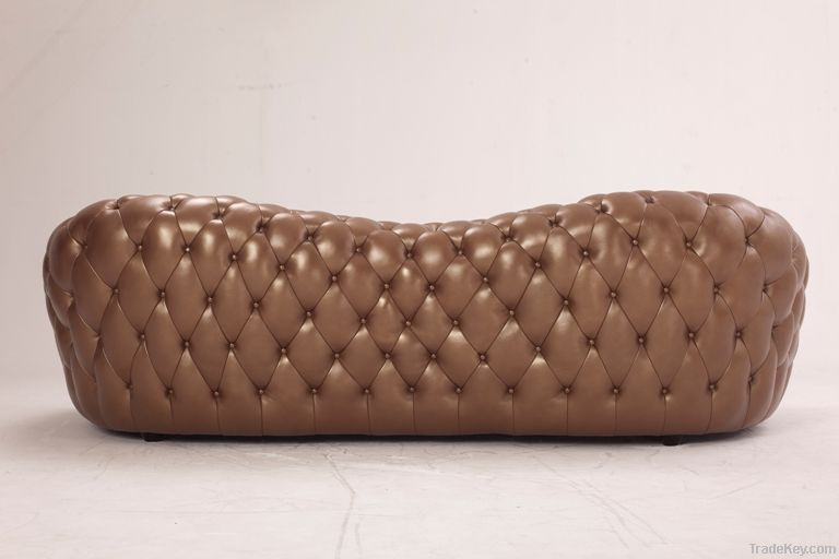 luxurious living room buttoned leather sofa
