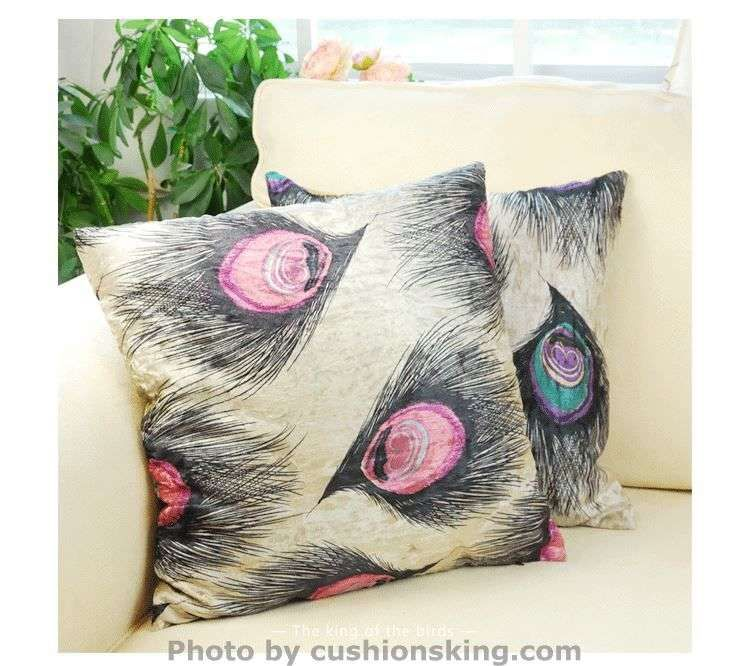 Peacock feathers short plush cushion pillowcase