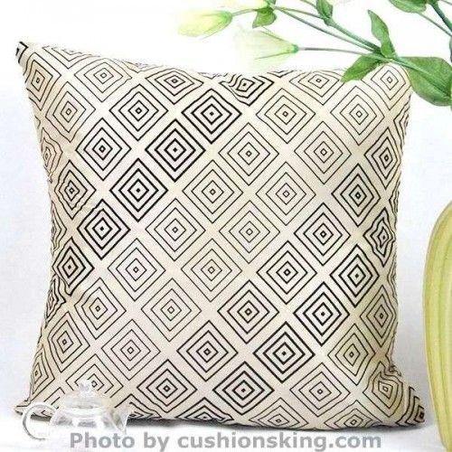 Noble heraldic artificial silk cushion pillowcase