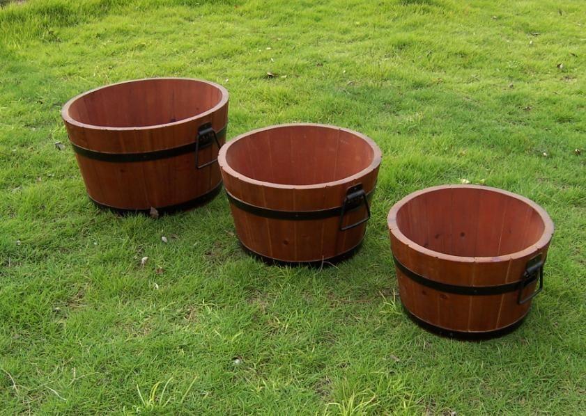 Outdoor garden pot