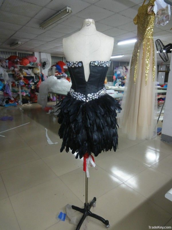 fashion real sample China black short beaded feather prom dresses