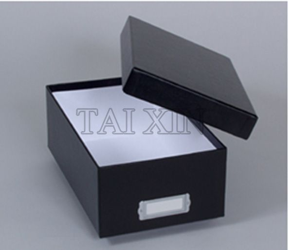 Delicate Shoe Box