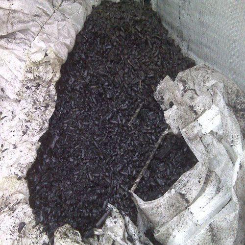 Modified high-temperature coal tar pitch