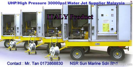 Water Jet High Pressure Pump 1000 bar 30000 psi 18.8 gpm
