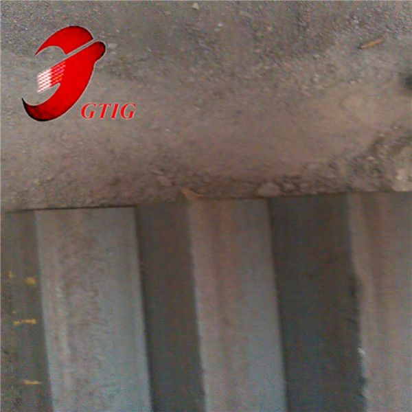 Top grade low carbon Q235 equal steel angle for construction