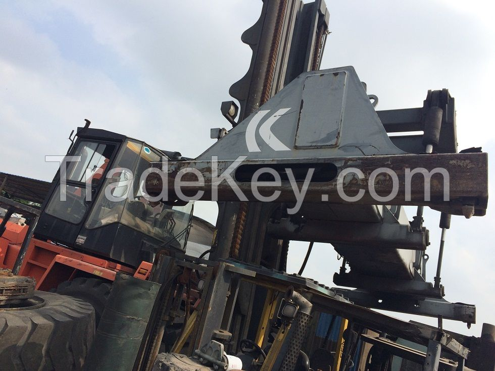 used container stacker Kalmar 45 ton.