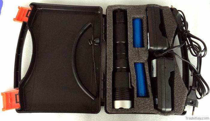 10000MAH dving depth 150M 10000MAH 26650 LED flashlight