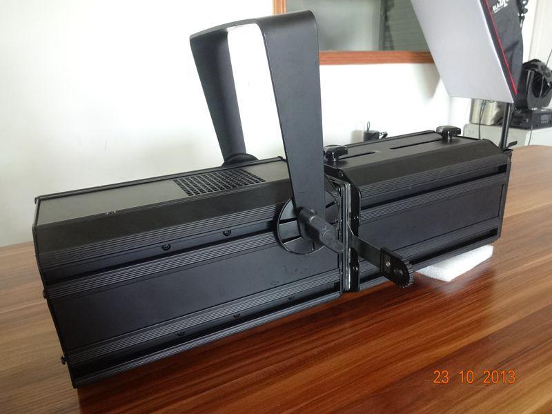 2013 new design 100W LED ellipsoidal spot light beam angle 19Degree-40Degree Black / White shell