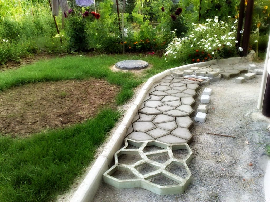 forms for garden paths