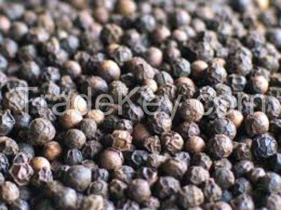 Black Pepper Whole 550gr/l, Mung beans, yellow peas, pepper, dar