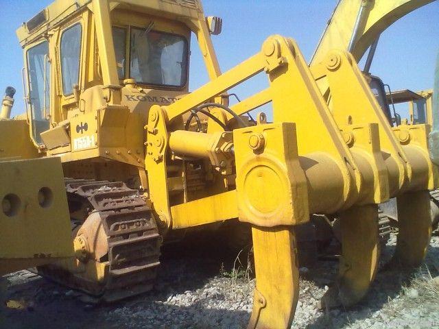 Crawler bulldozer Komastu D155A