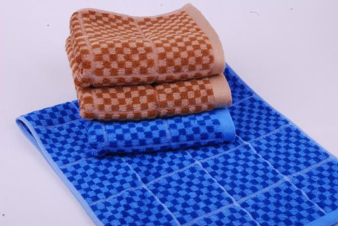cheap cotton fabric bath towel wholesale, hotel bath towel 70*140