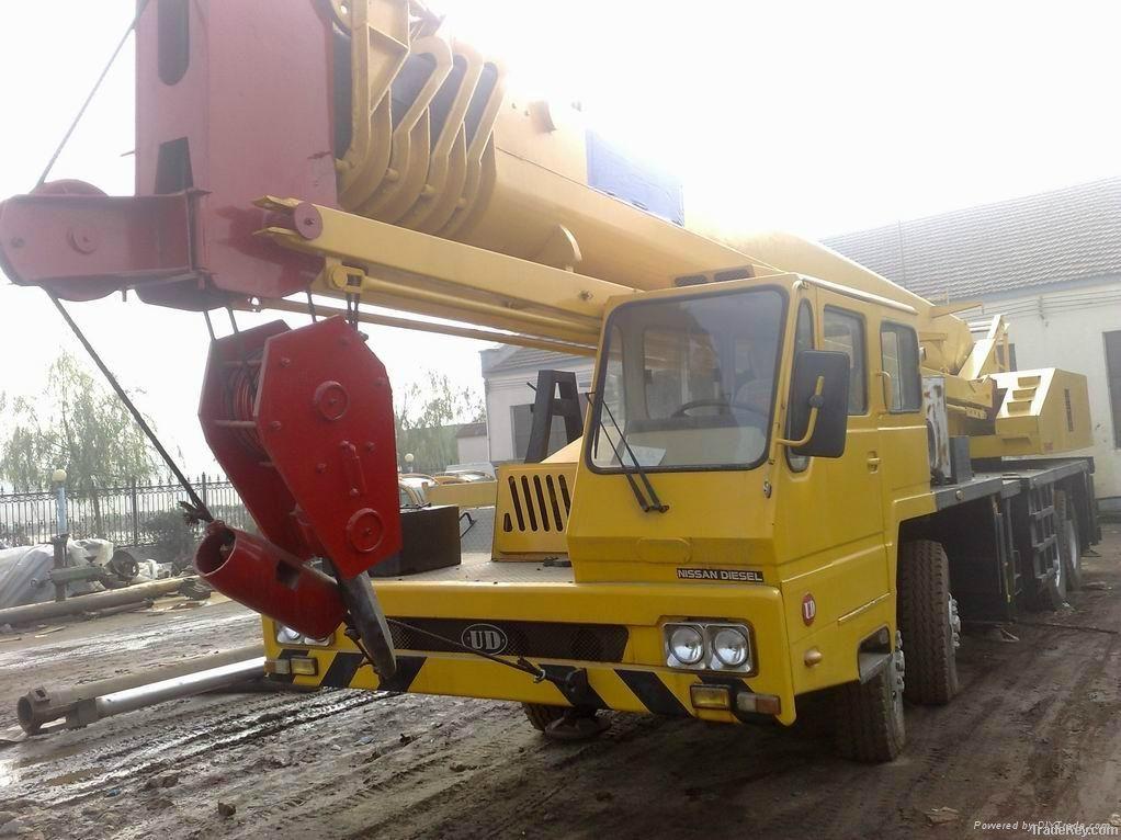 Used KATO Truck Crane, 50t Crane