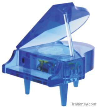 Crystal piano music box