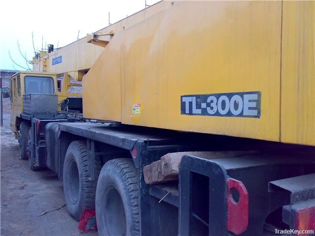 Used Tadano Truck Crane, TL-300E