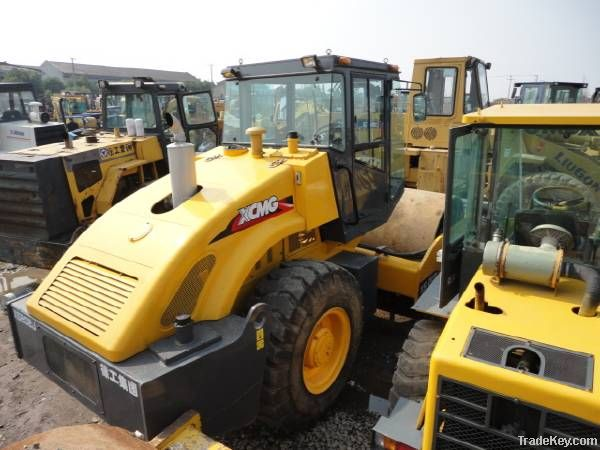 Second hand XCMG Road Roller, XS222J