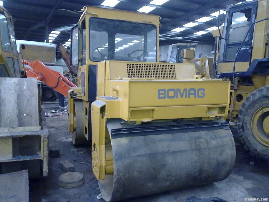 Used BOMAG Roller, Double Drum Roller