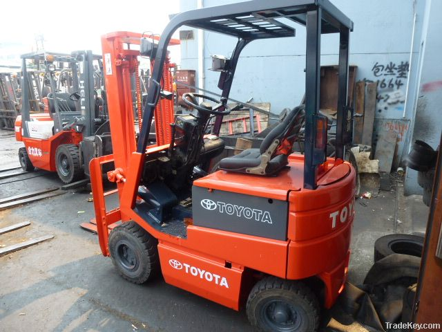Used Battery Operated Forklift