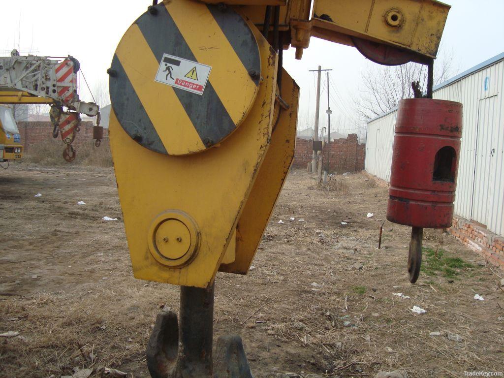 Used Tadano Truck Crane, 250tons