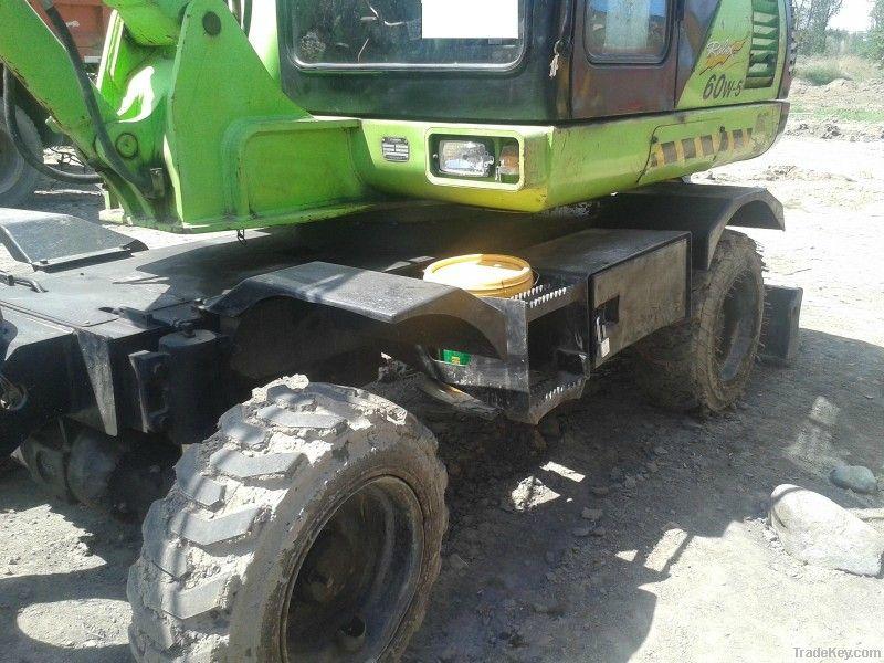 Used Wheel Excavator Hyundai (R60W-5)