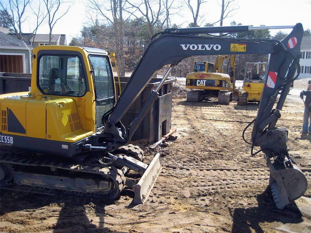 Used 2004 VOLVO EC55B