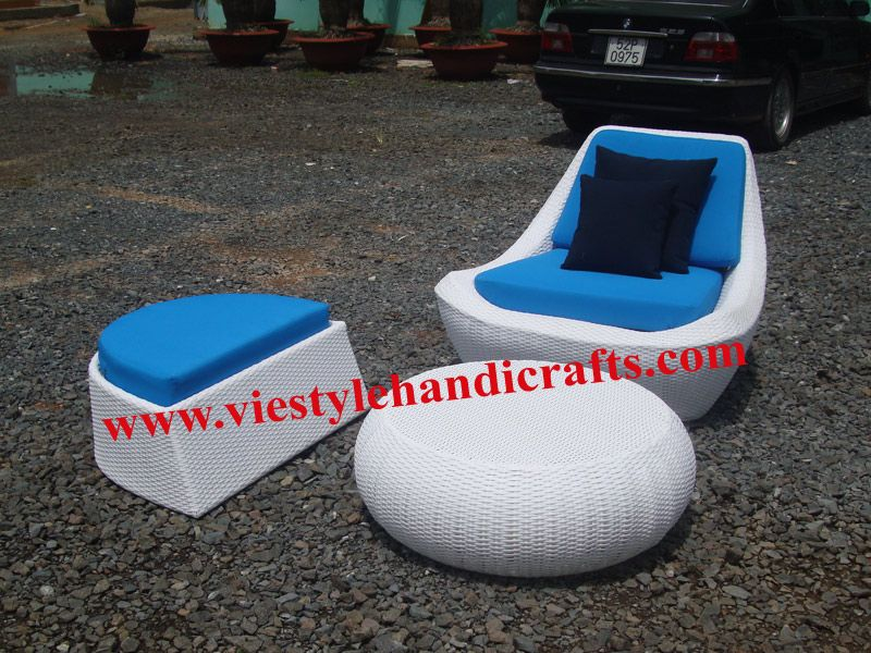Rattan Round chair with water resistant cushion