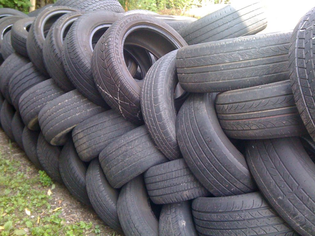Bulk Junk Tire's