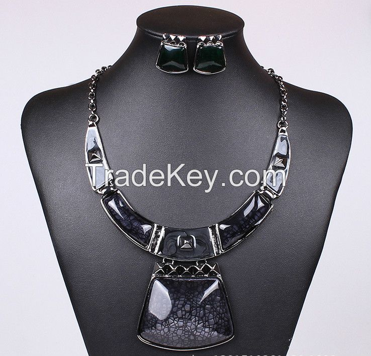 Red rectangle necklace jewelry wholesale necklace European MD-1411