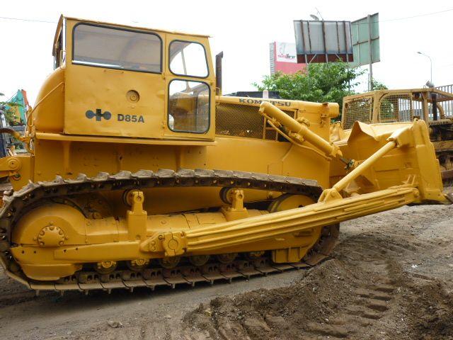 Used Komatsu D80A-12
