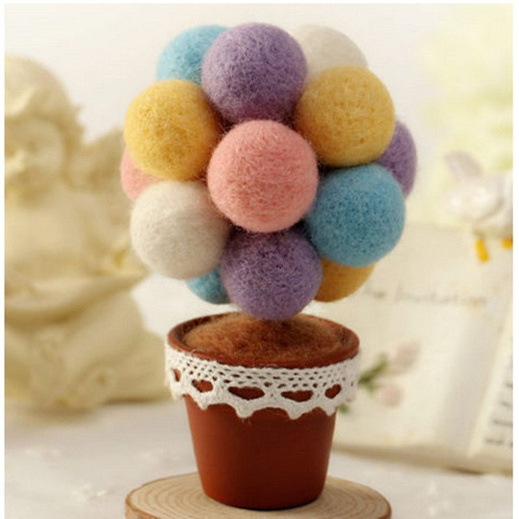 Amazon Bestseller 2018 Decoration Products colorful Wool Felt Balls for Christmas