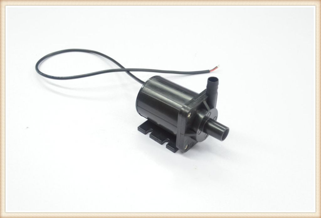 Pump/aquarium fish tank water pumps are made in China